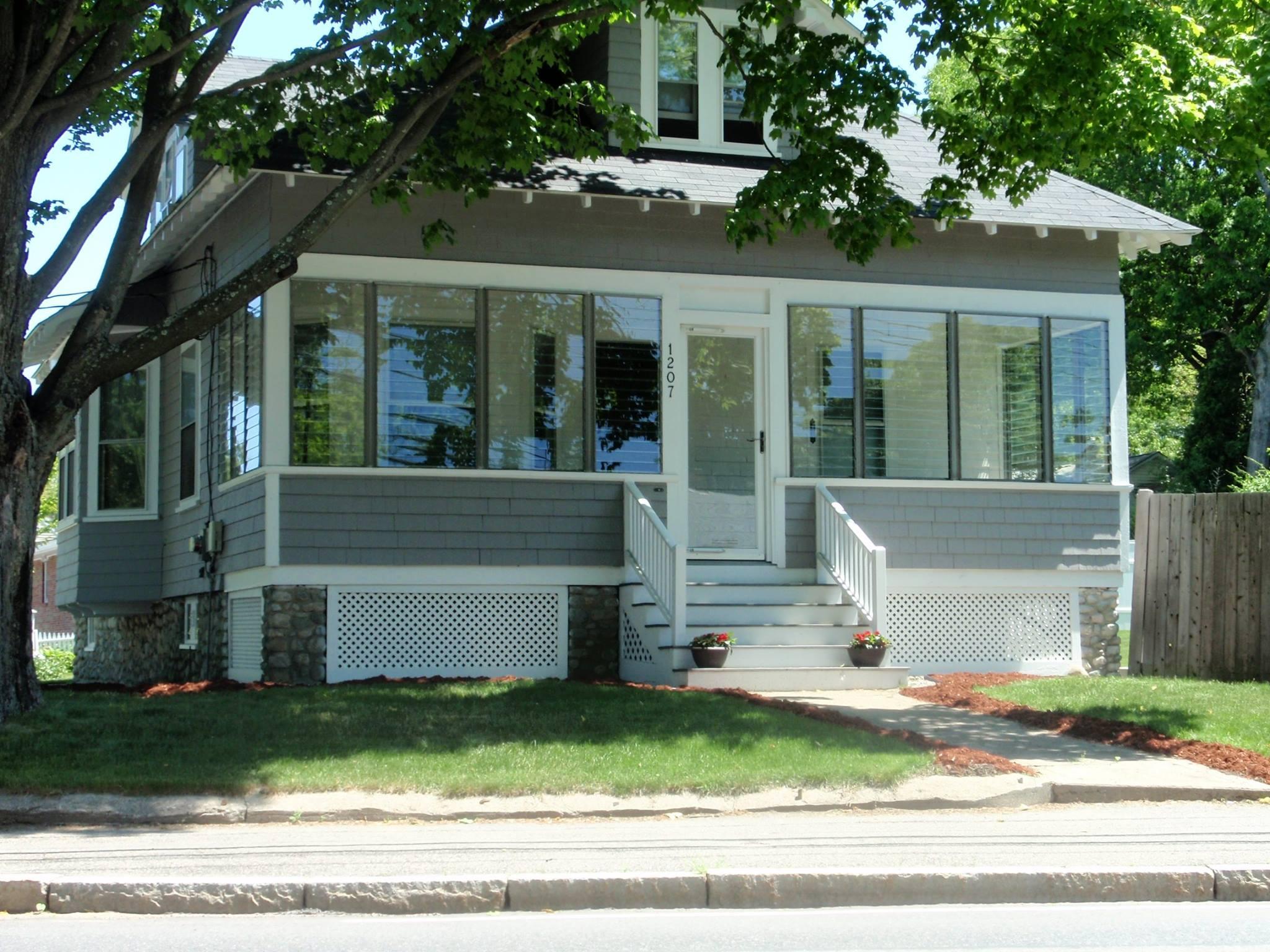 CertainTeed Cedar Impressions® Siding in Framingham Before