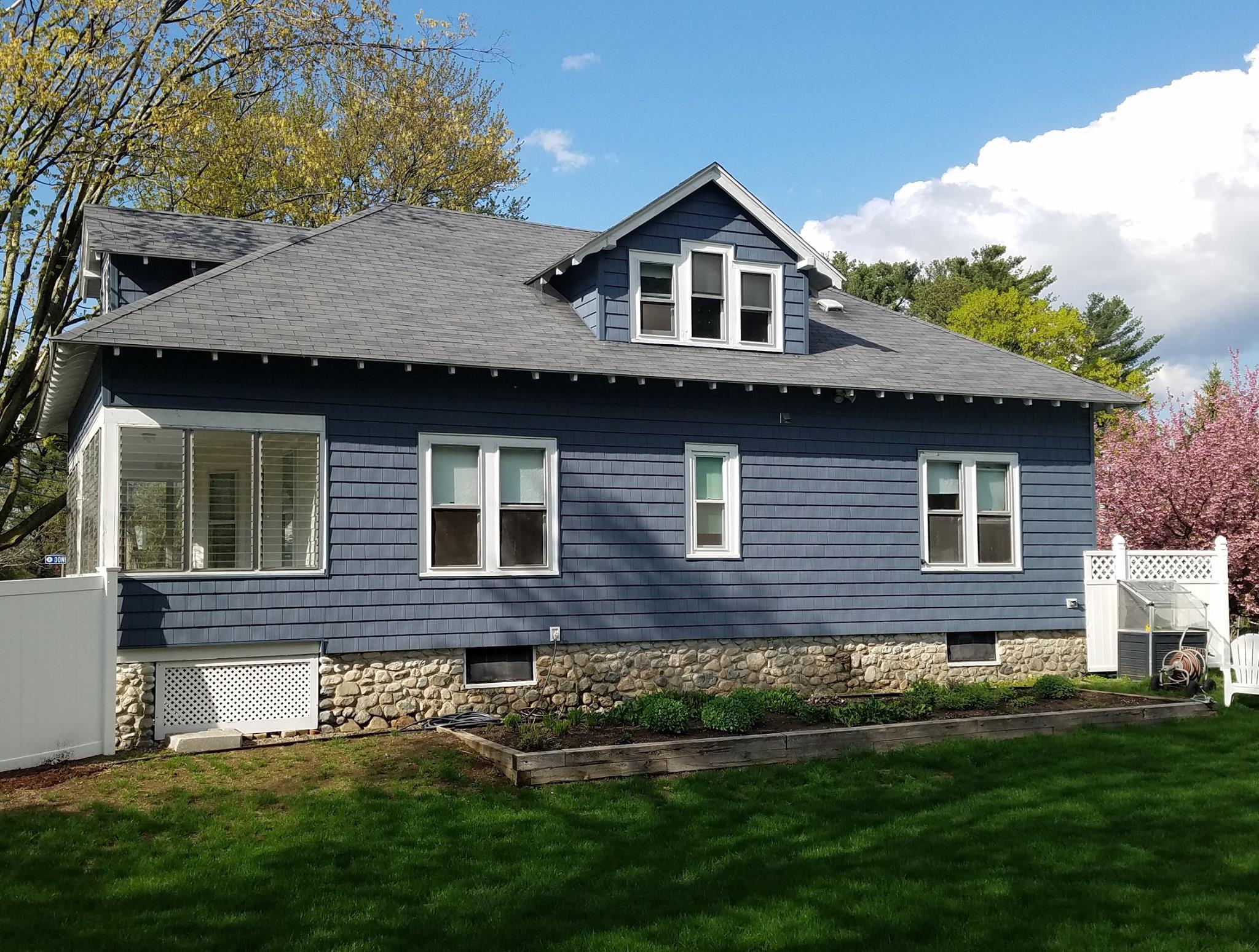 CertainTeed Cedar Impressions® Siding in Framingham After