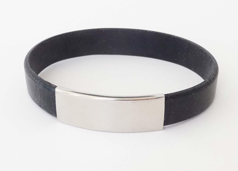 bracelet-silicone-black-metal.jpg