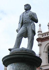 John Ballance Statue.jpg