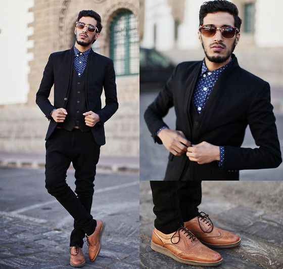 embedded_men's_outfit-with-brown-shoes.jpg