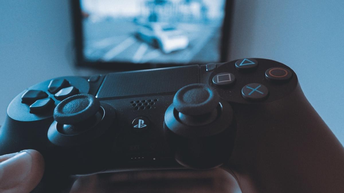 computer-control-controller-687811.jpg