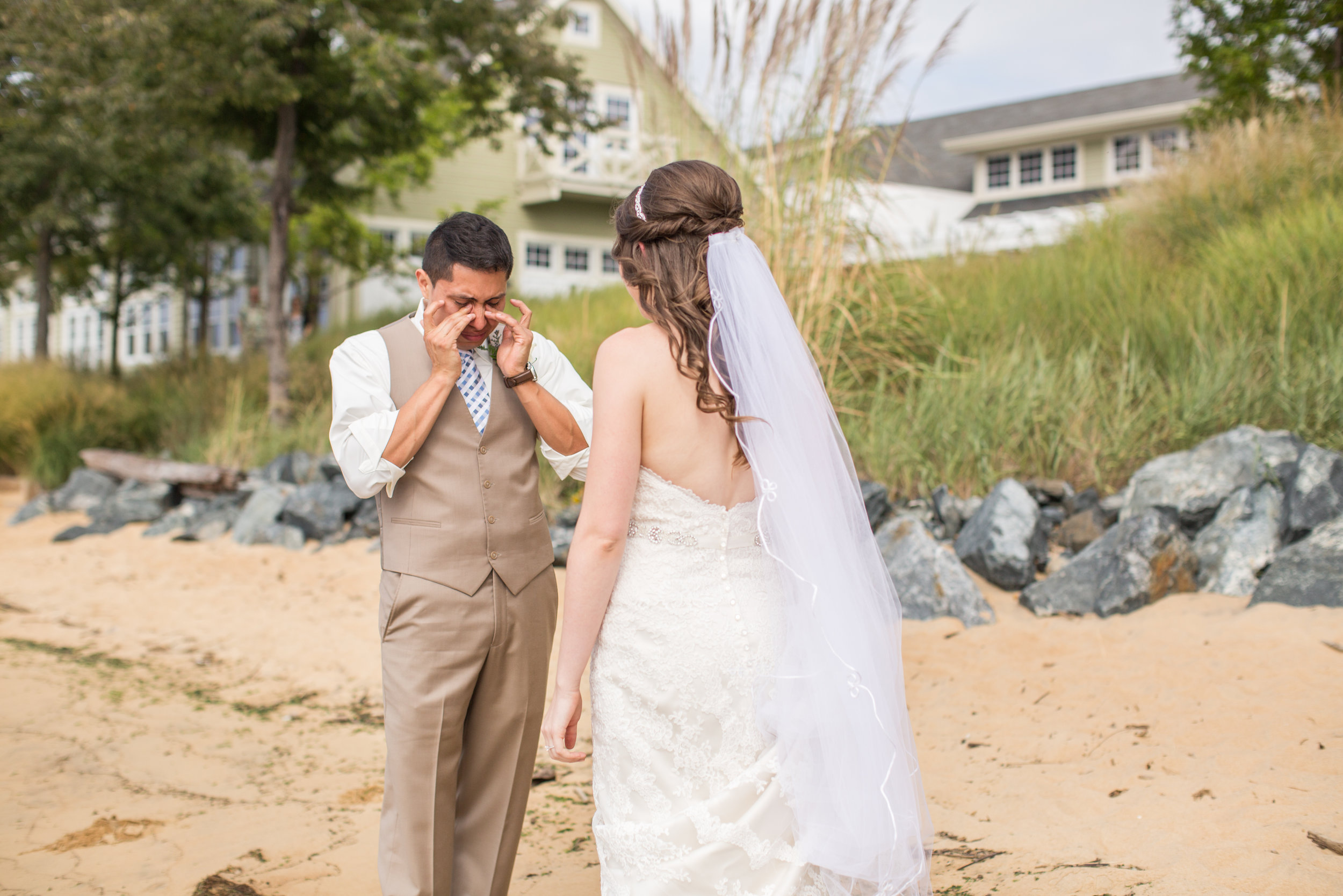 allison mario chesapeake bay beach club wedding living radiant photography-372.jpg