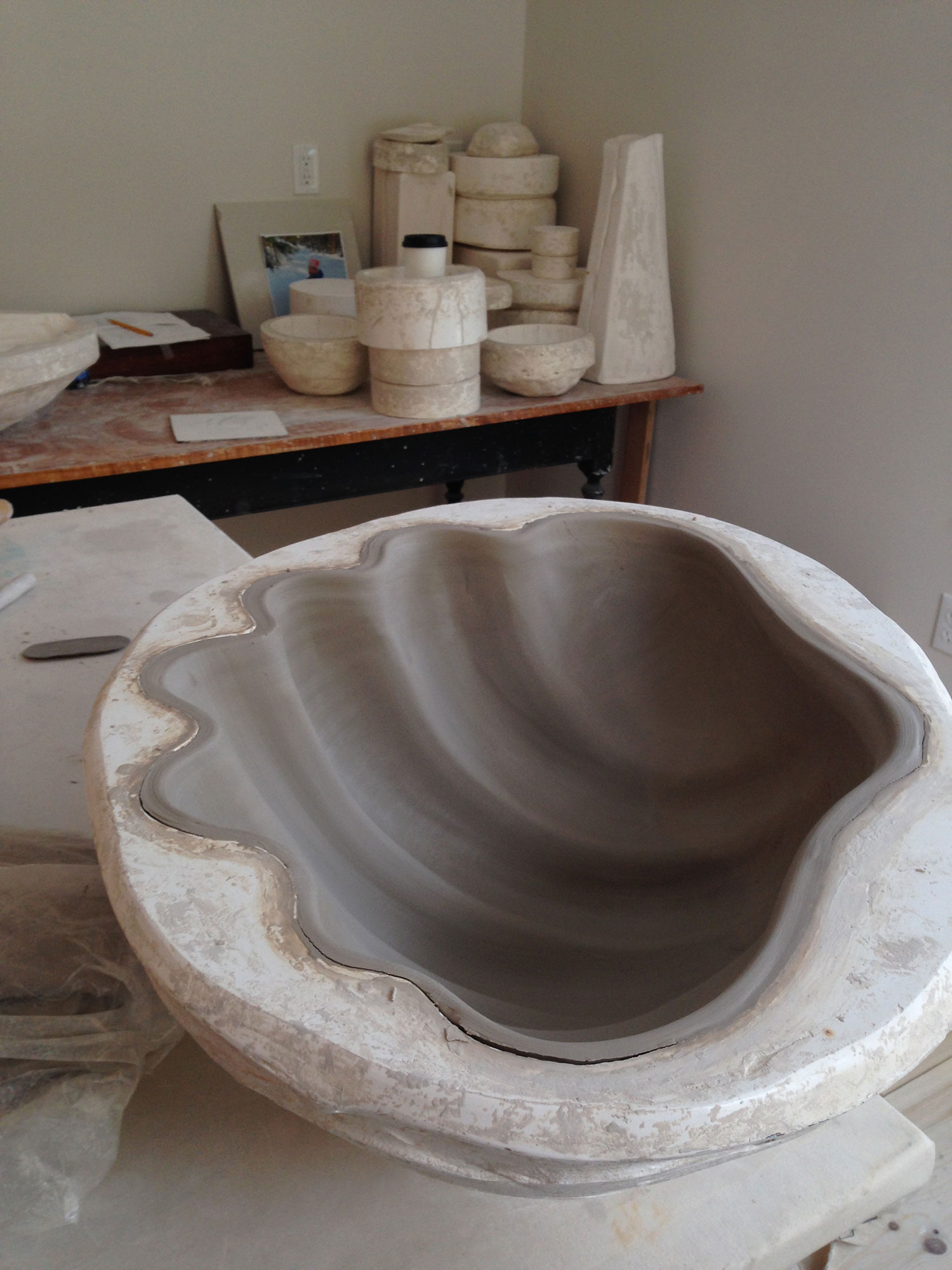 Clam Sink in Mold