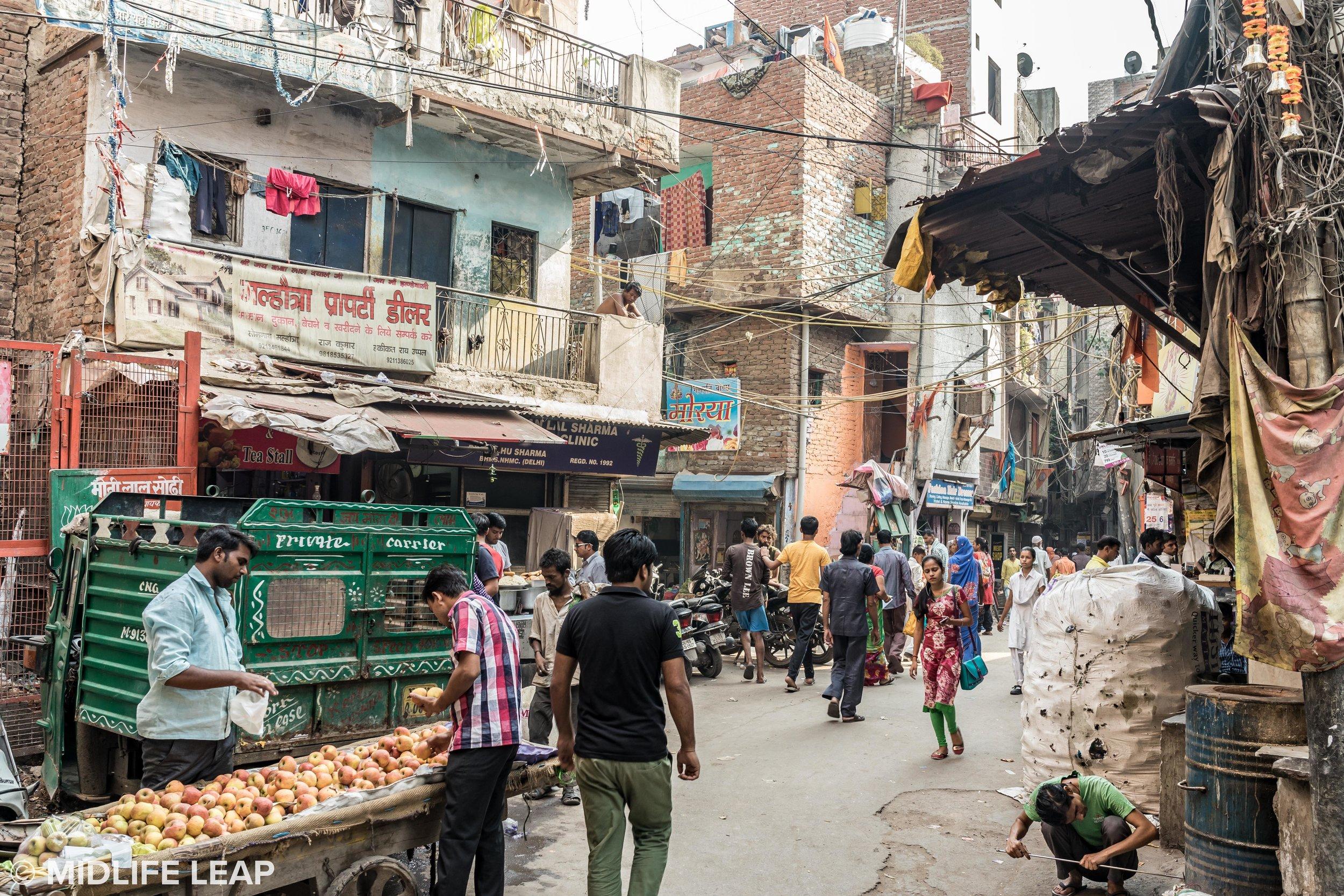 street-scenes-new-delhi-india.jpg