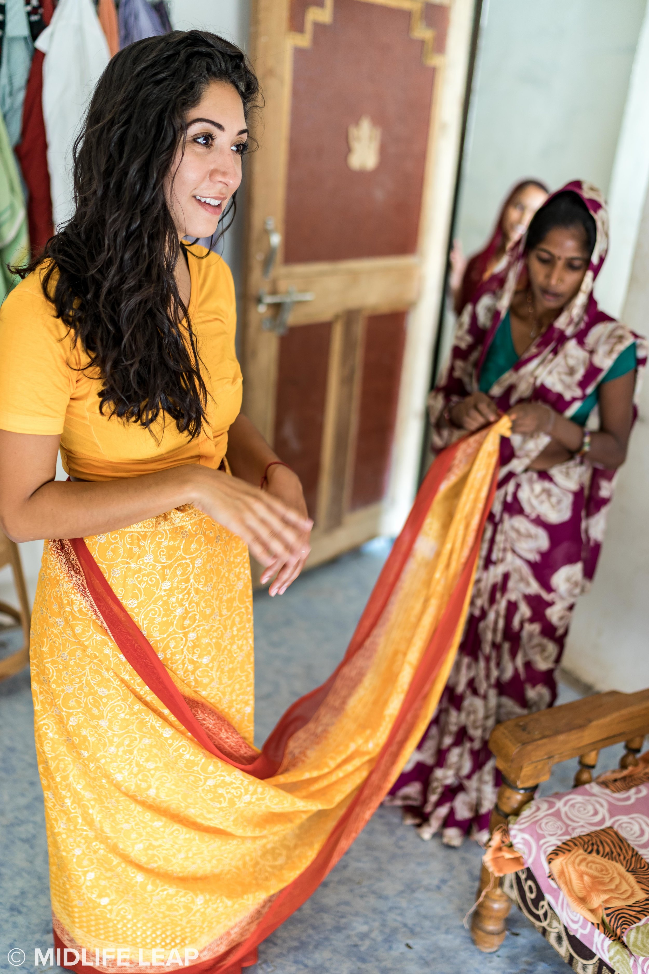 how-to-wear-a-saree.jpg
