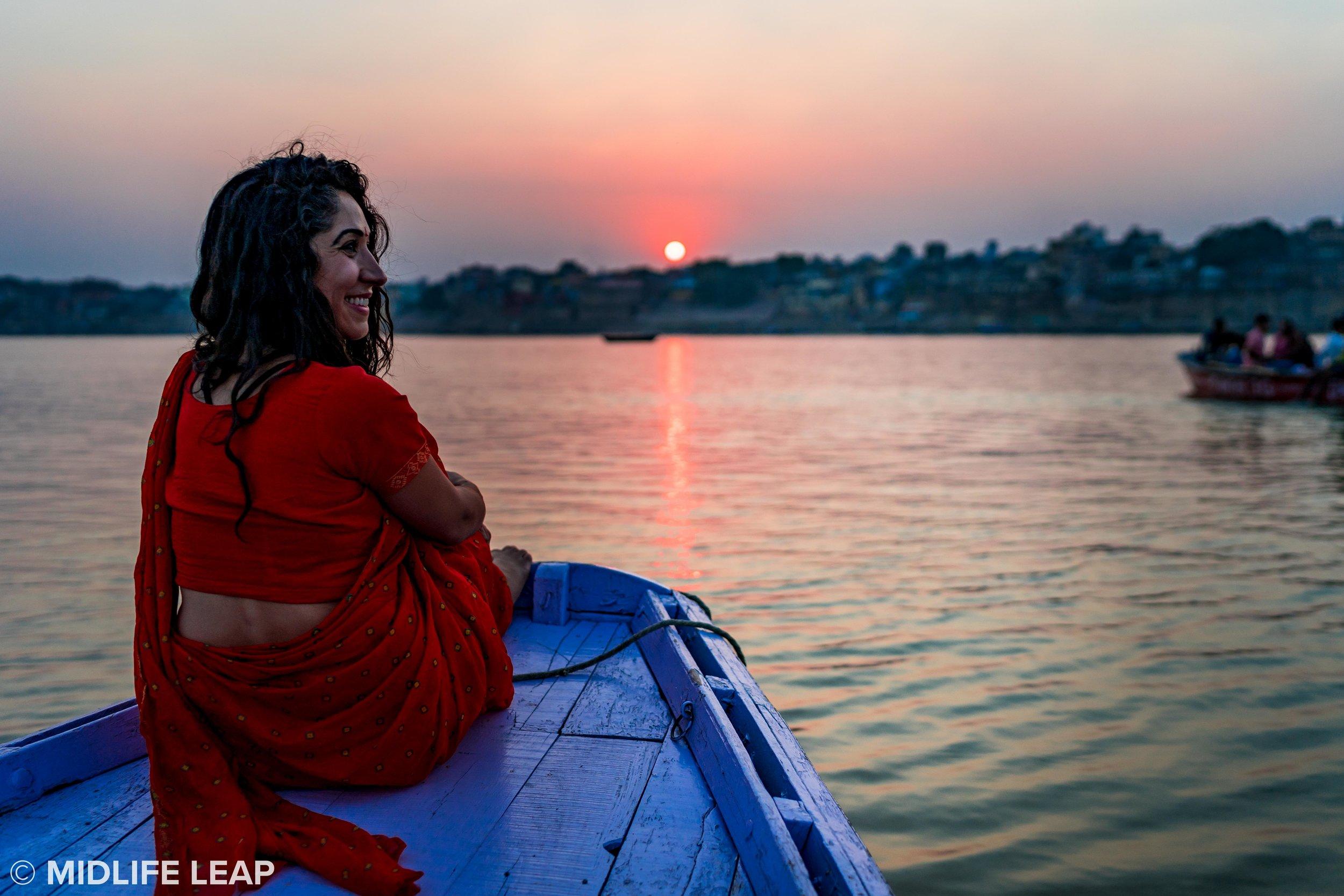 varanasi-ganges-boat-ride-sunset.jpg