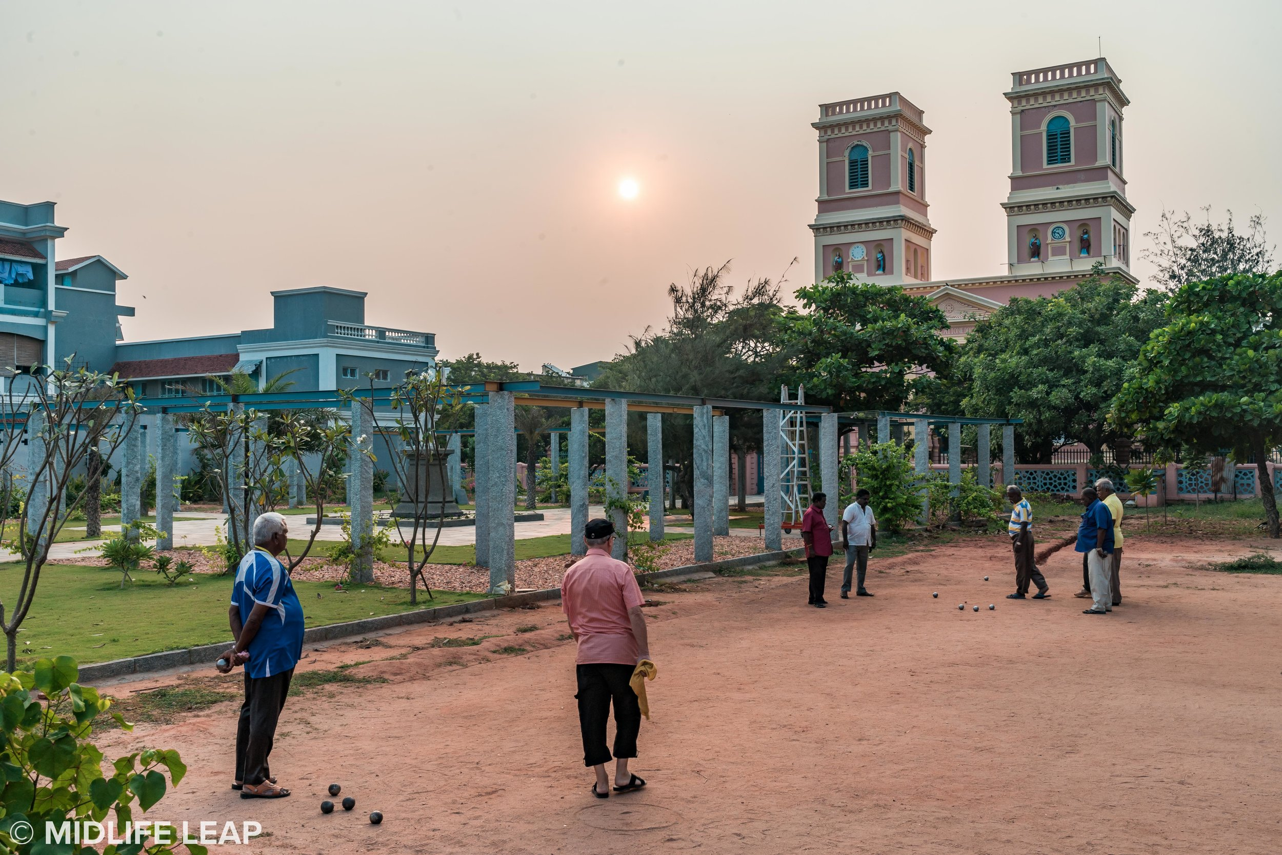 playing-petanque-in-pondicherry-india