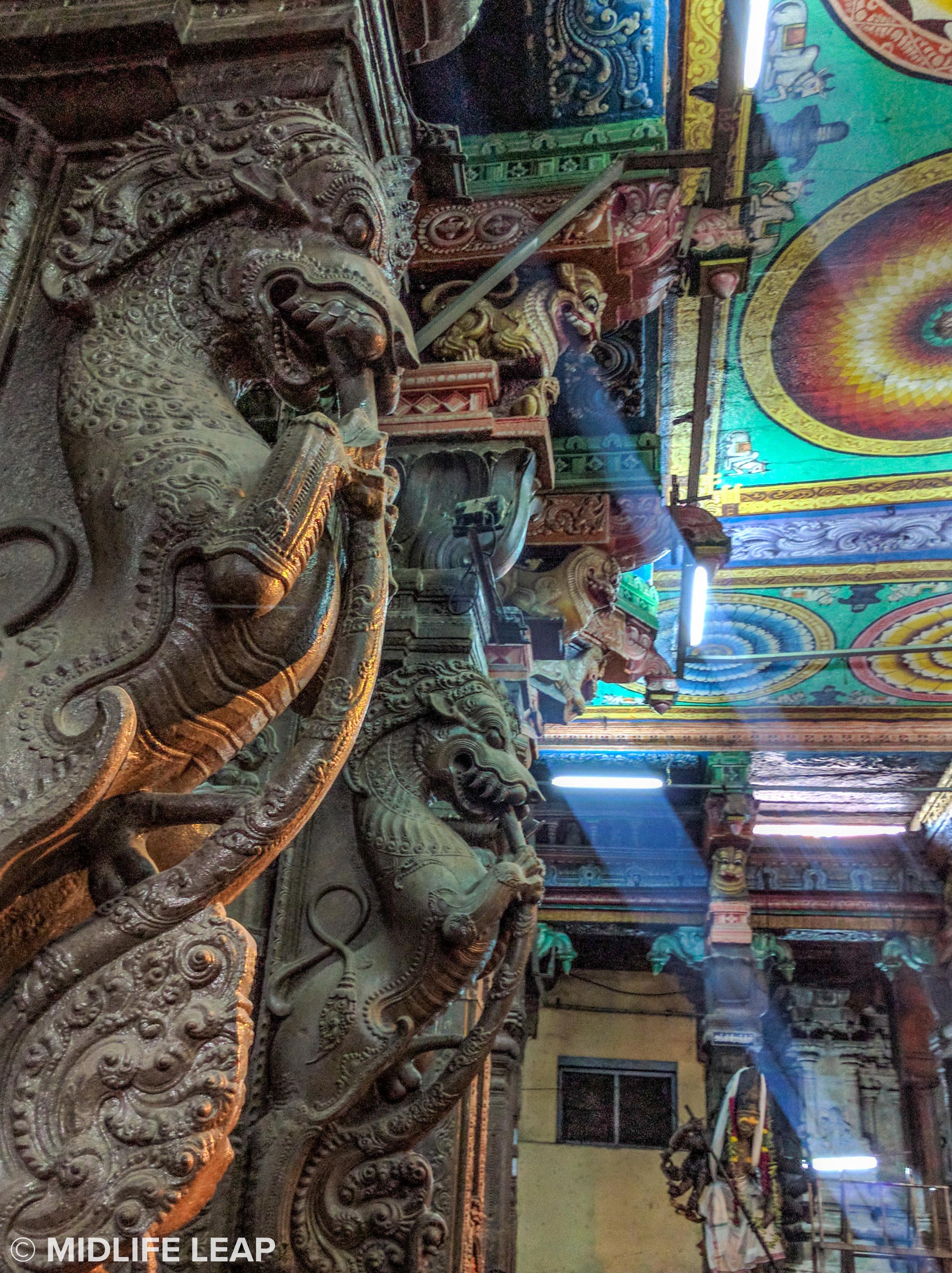 meenakshi-amman-temple-madurai-tamil-nadu