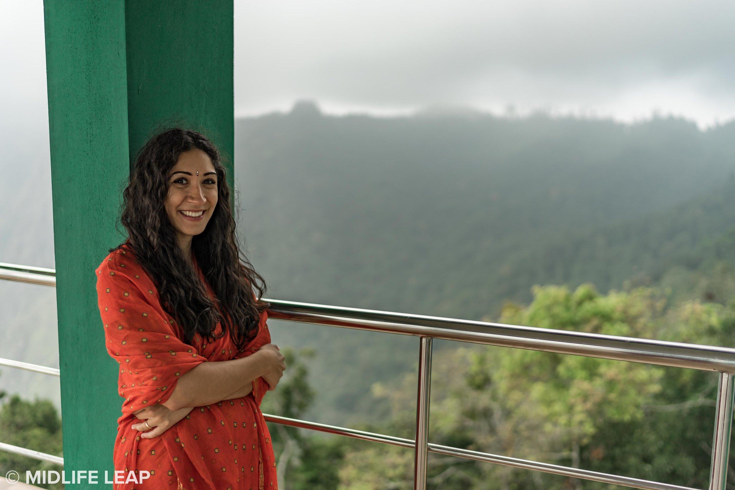 top-station-viewpoint-munnar-kerela-india