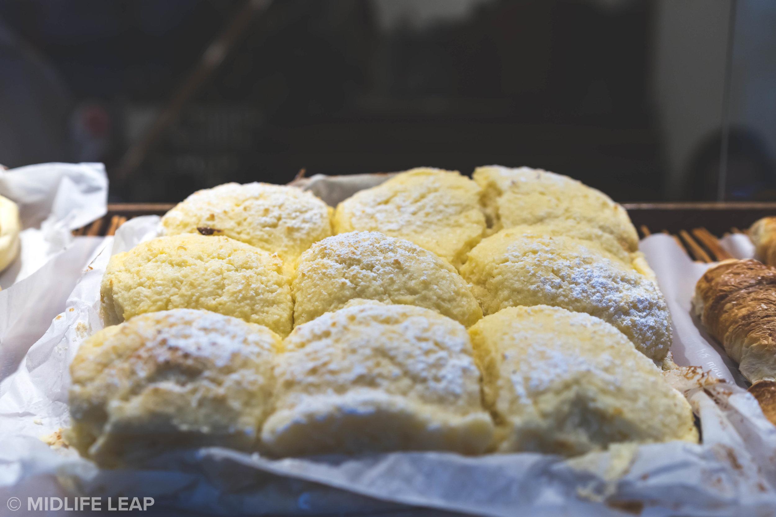 Padaria-Portuguesa-pao-de-deus-best-pastries-in-lisbon
