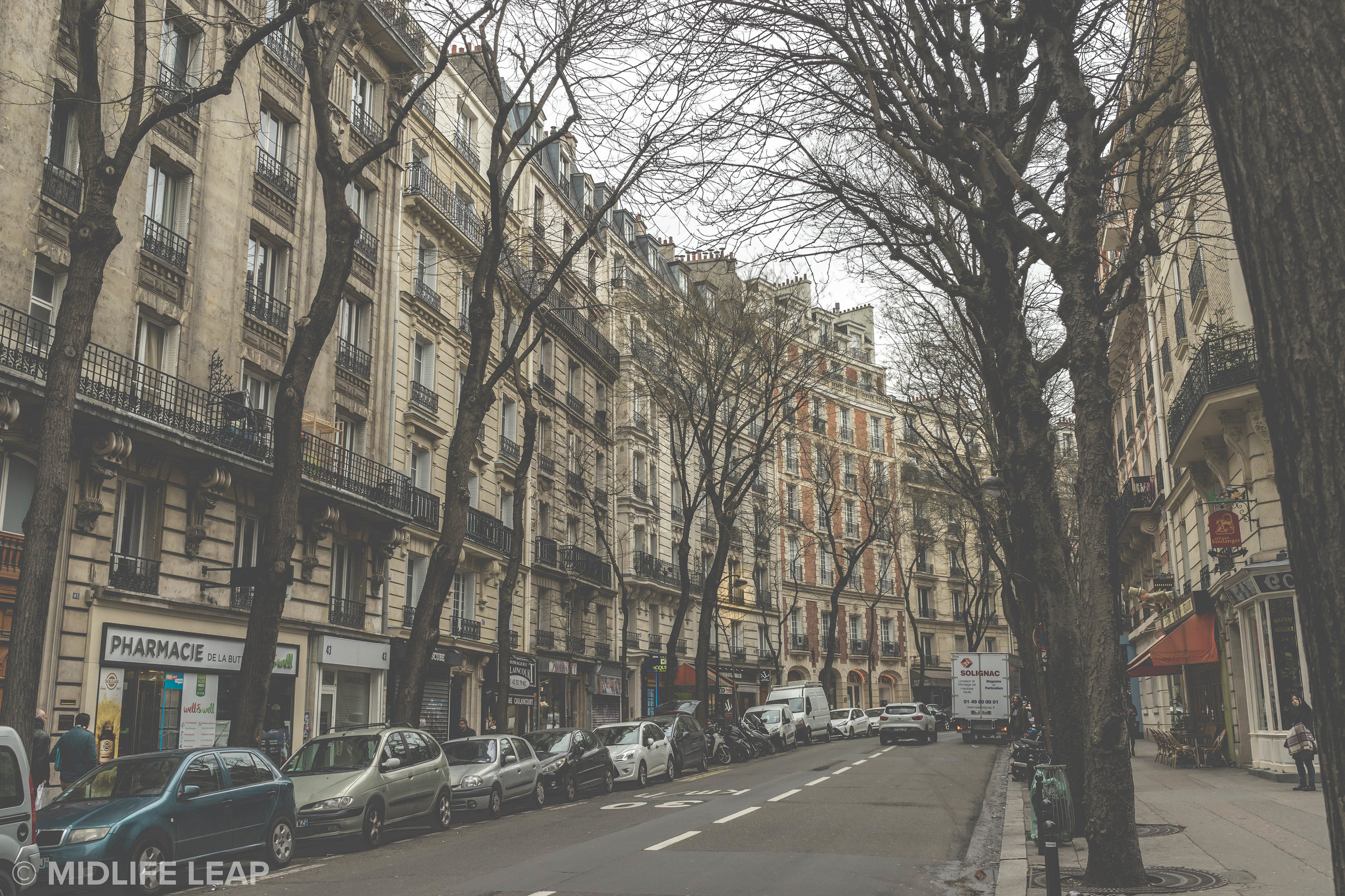 rue-caulaincourt-what-to-do-in-montmartre-18th-arrondissement-paris