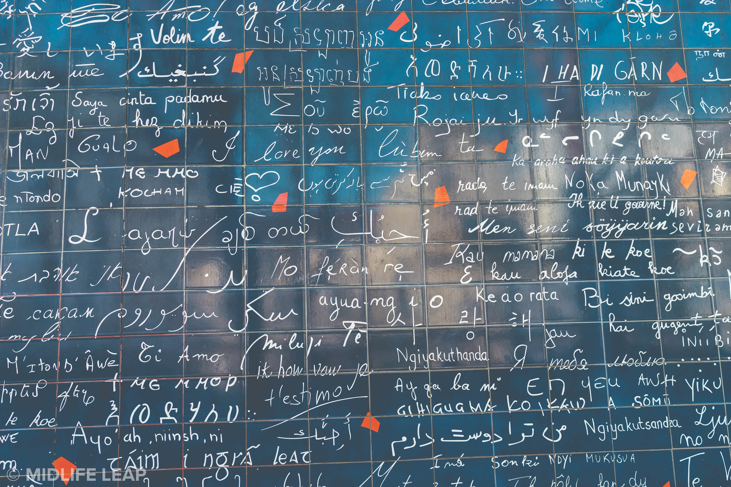 le-mur-des-je-t'aime-the-wall-of-love-things-to-do-in-montmartre