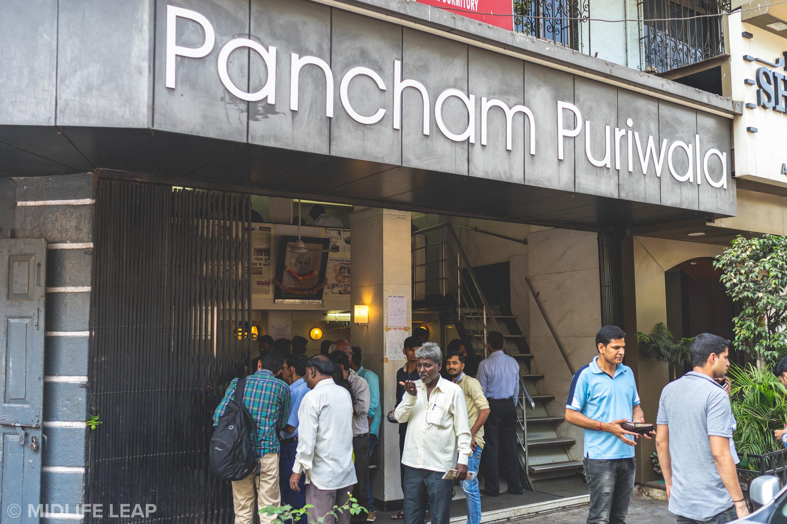 best-places-to-eat-in-mumbai-pancham-puriwala