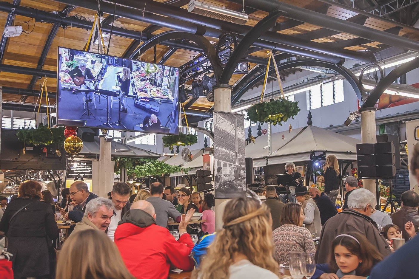 Photo Courtesy of  Mercado de Campo de Ourique