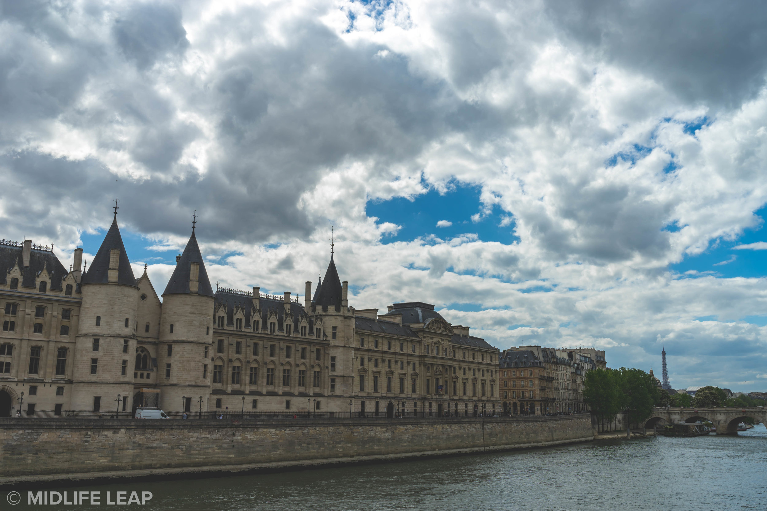 best-sights-to-visit-in-paris-conciergerie