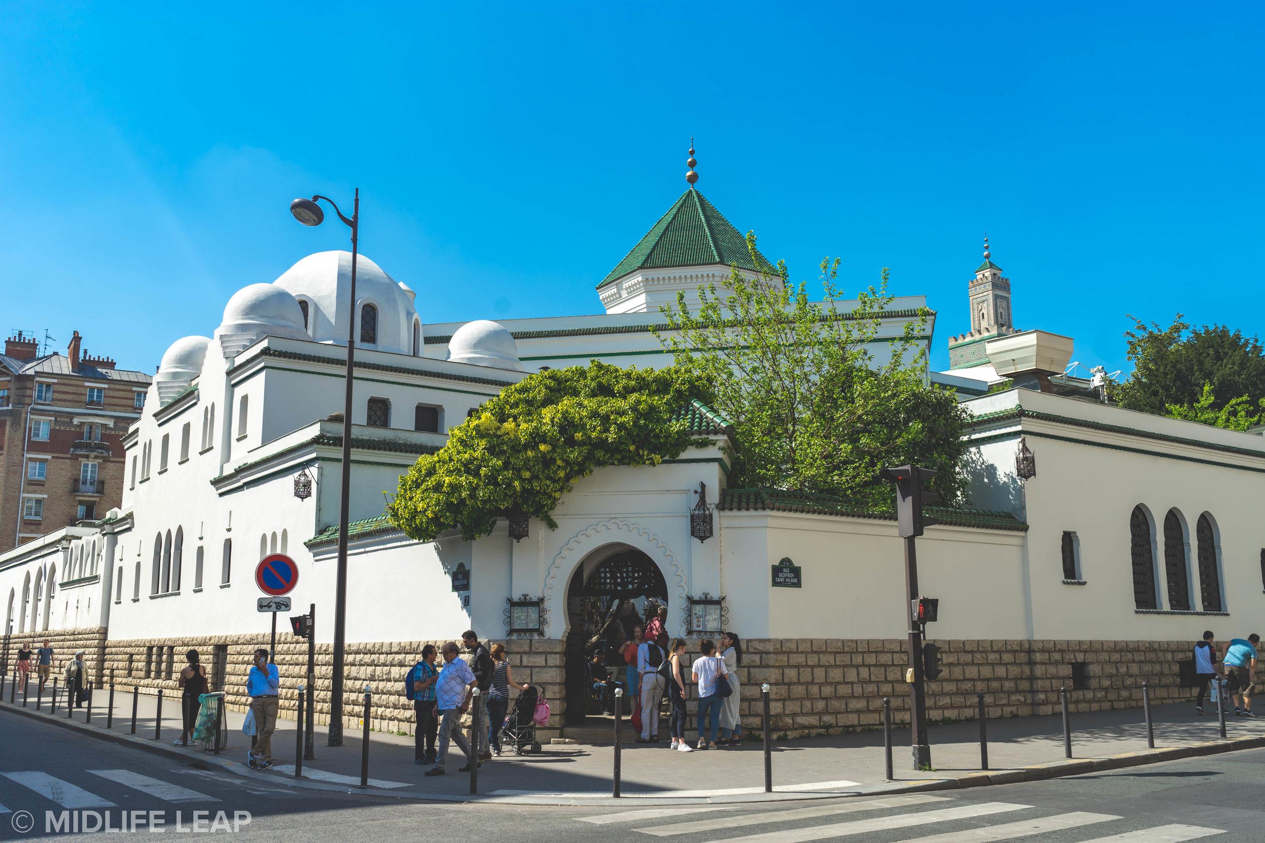 best-activities-in-paris-visiting-the-great-mosque