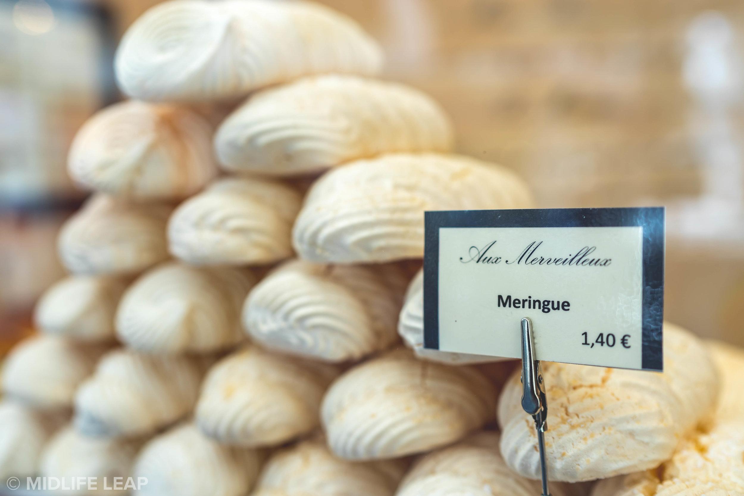 the-best-desserts-in-paris-aux-merveilleux-de-fred