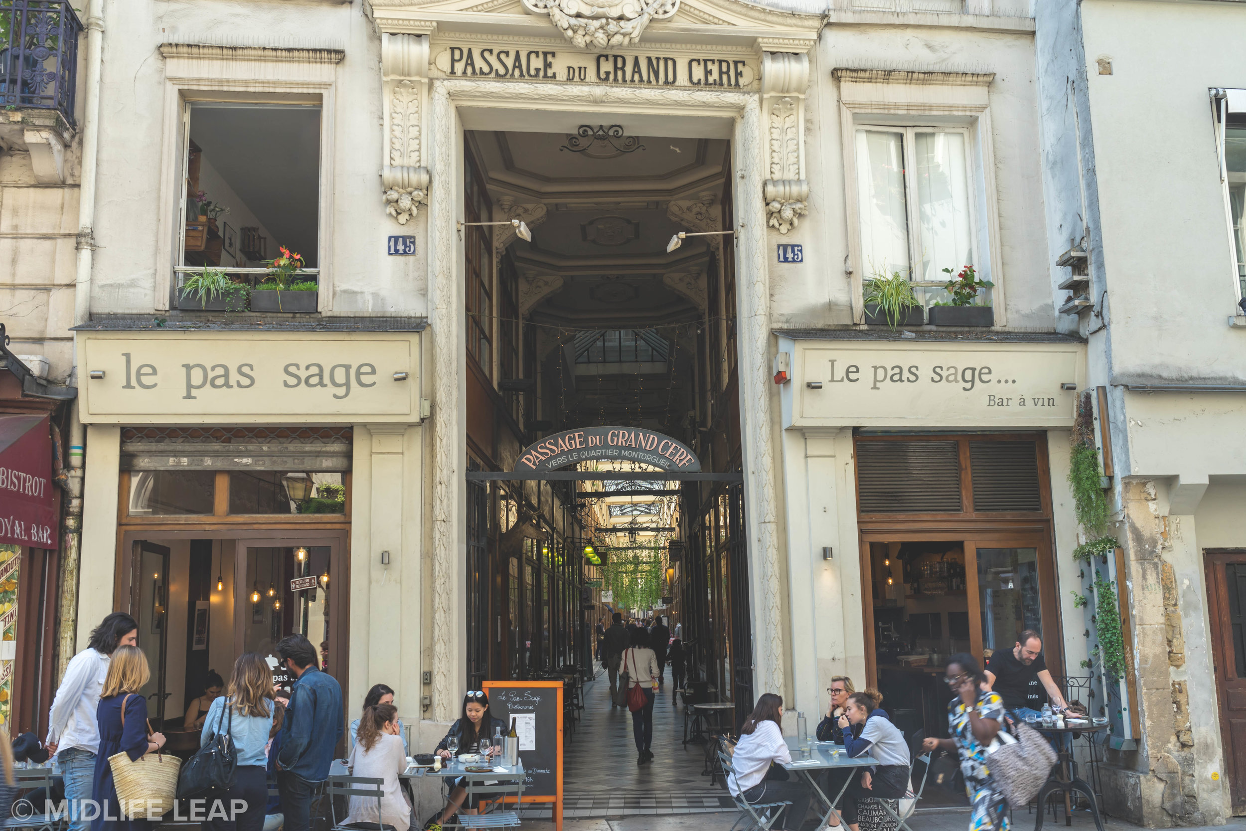le-pas-sage-where-to-eat-and-drink-in-paris