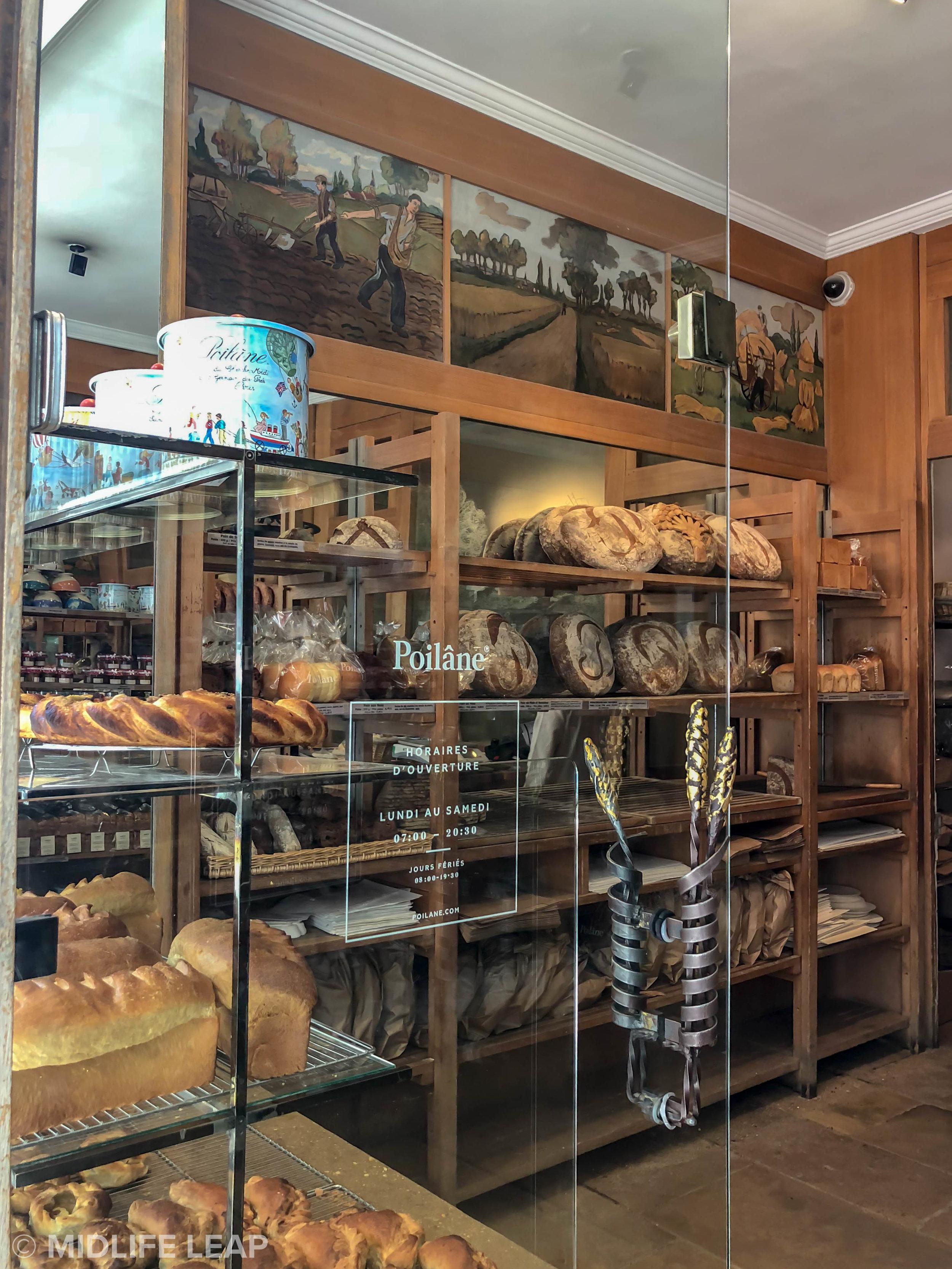 best-boulangeries-in-paris-boulangerie-poilane