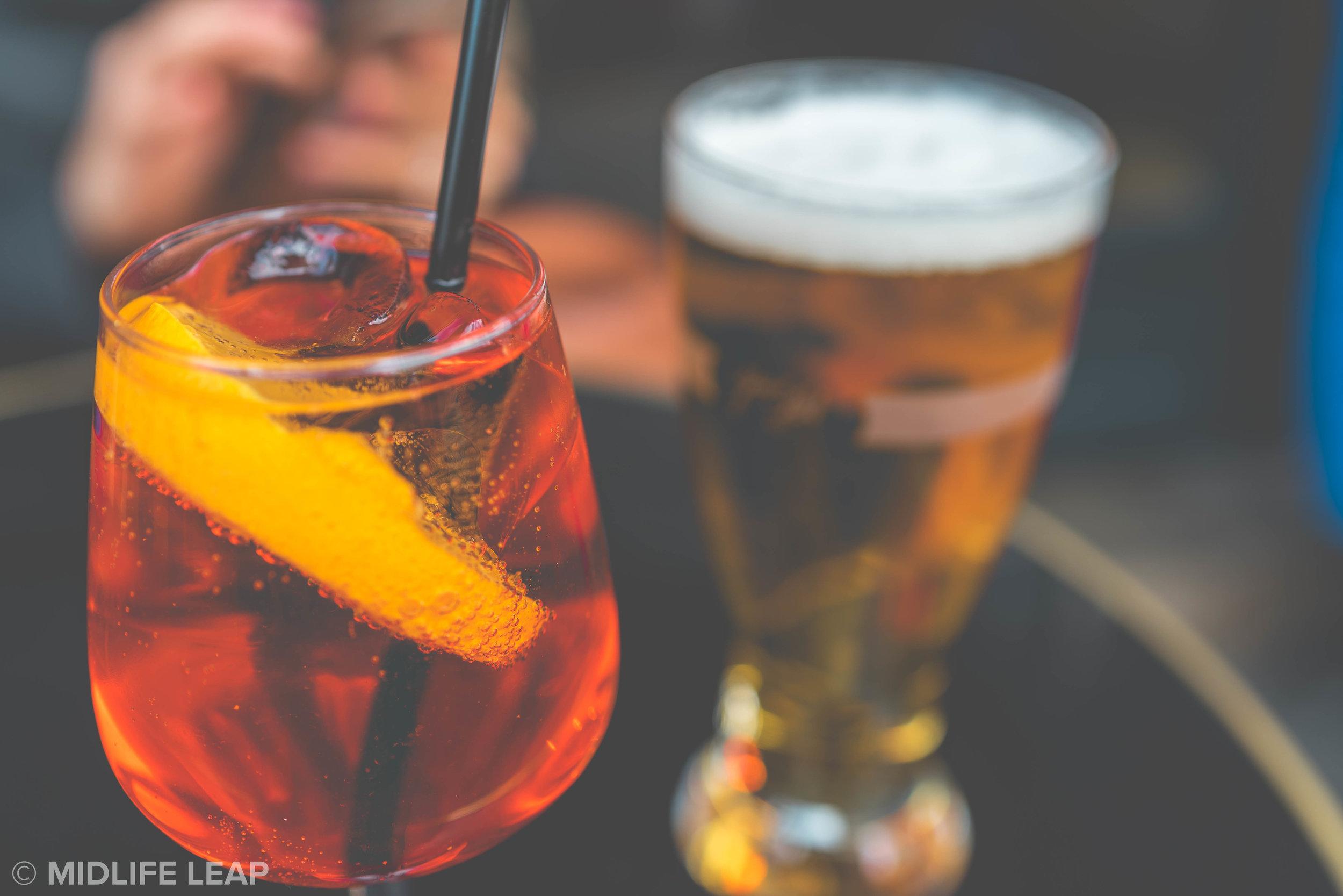 best-bars-in-montmartre-paris-un-zebre-a-montmartre
