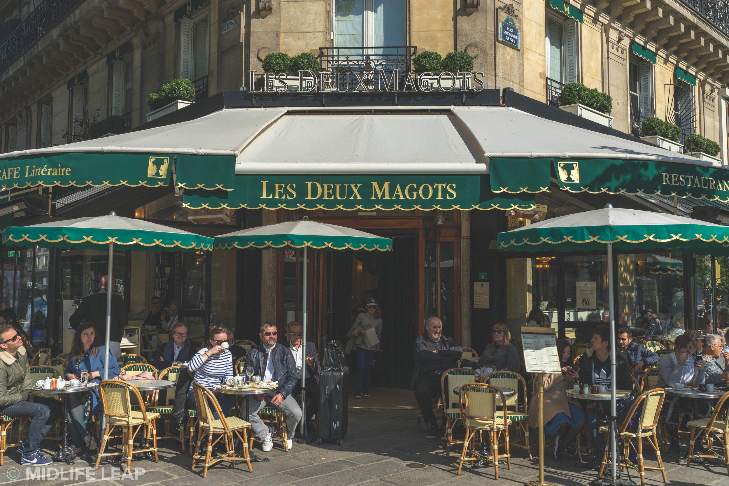 les-deux-magots-best-cafes-in-saint-germain-paris