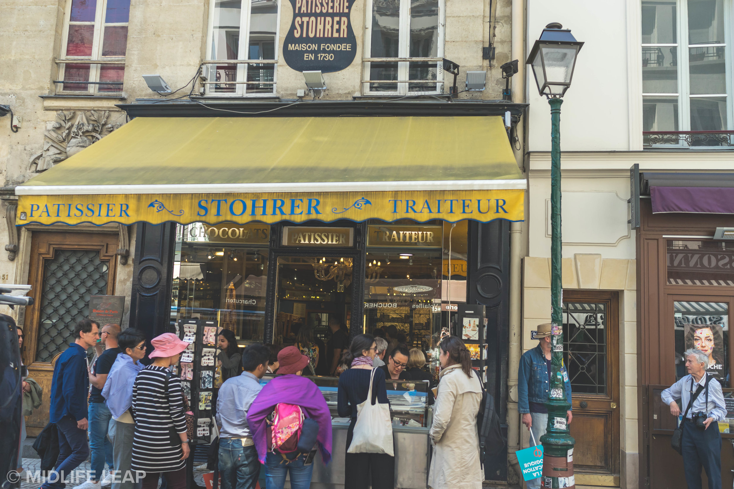 best-pastry-shop-in-paris-stohrer