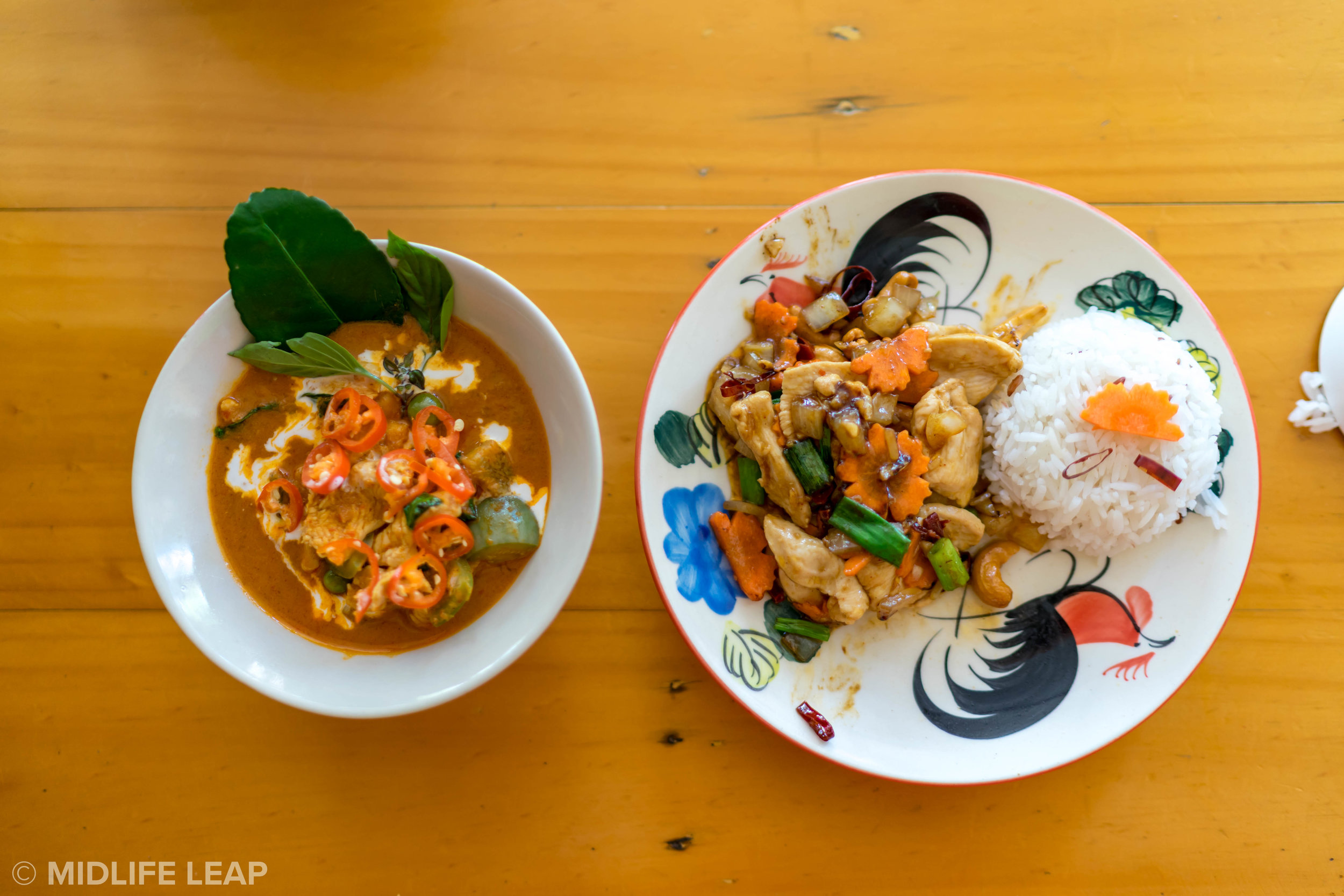 Red curry and cashew chicken