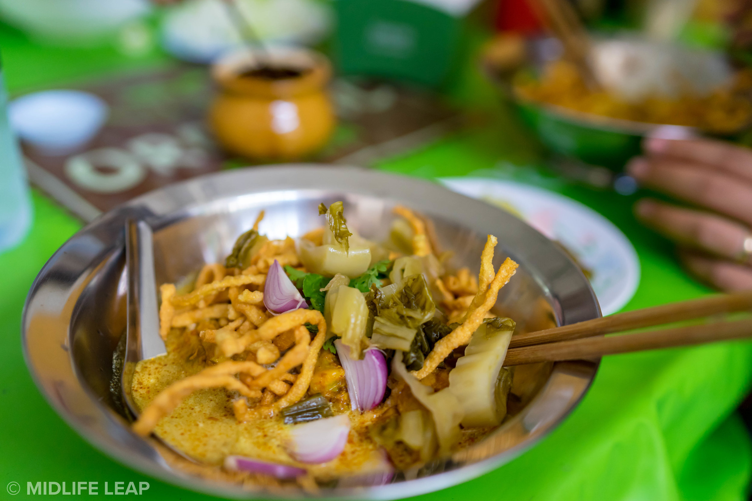 best-street-food-in-chiang-mai