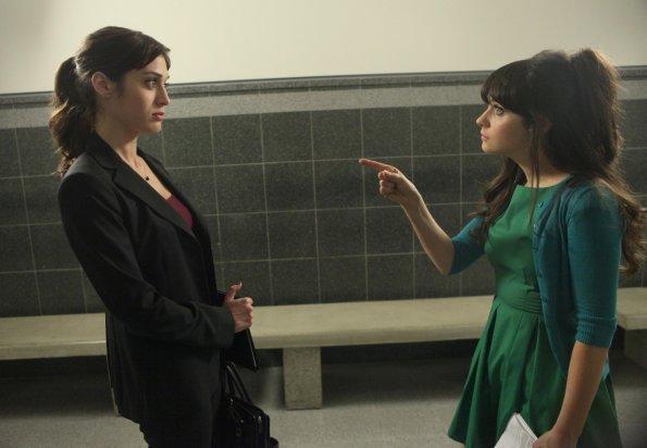 """Jess & Julia"" (Episode 1.11)"