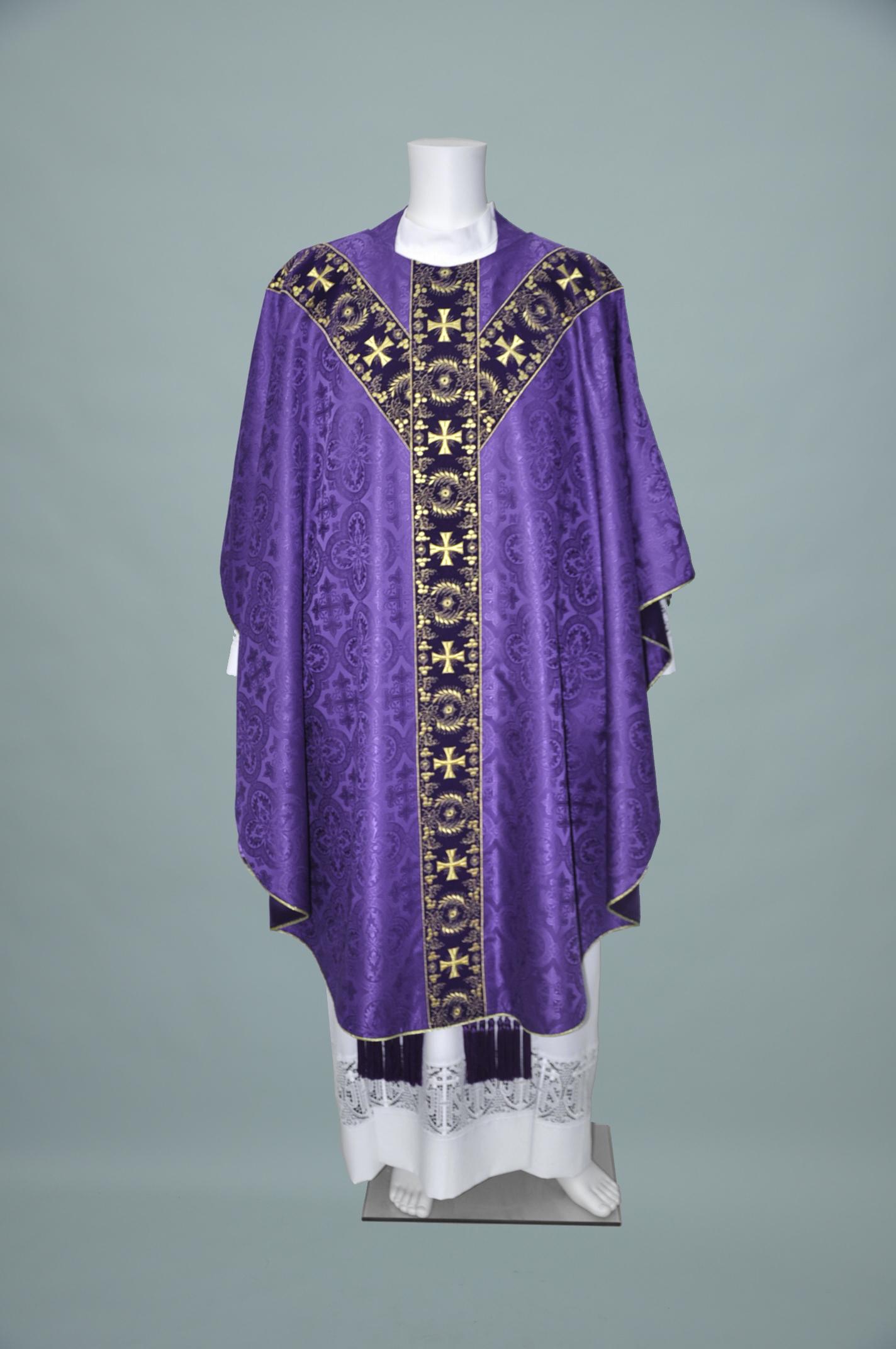 Gothic Chasuble Davinci Purple W 1706 Purple gold (f) 1.jpg