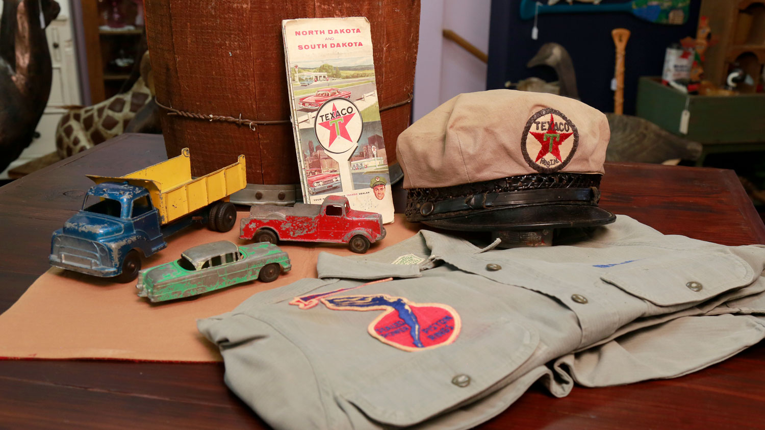 Automobilia - collectible 1930's Gas Station Attendant's Cap and uniform shirt with Studebaker Sealed Power Piston Rings logo