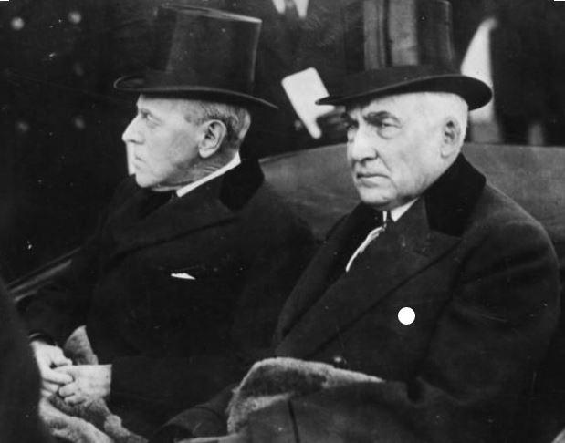 Warren G. Harding's top hat is now presidential memoribilia.