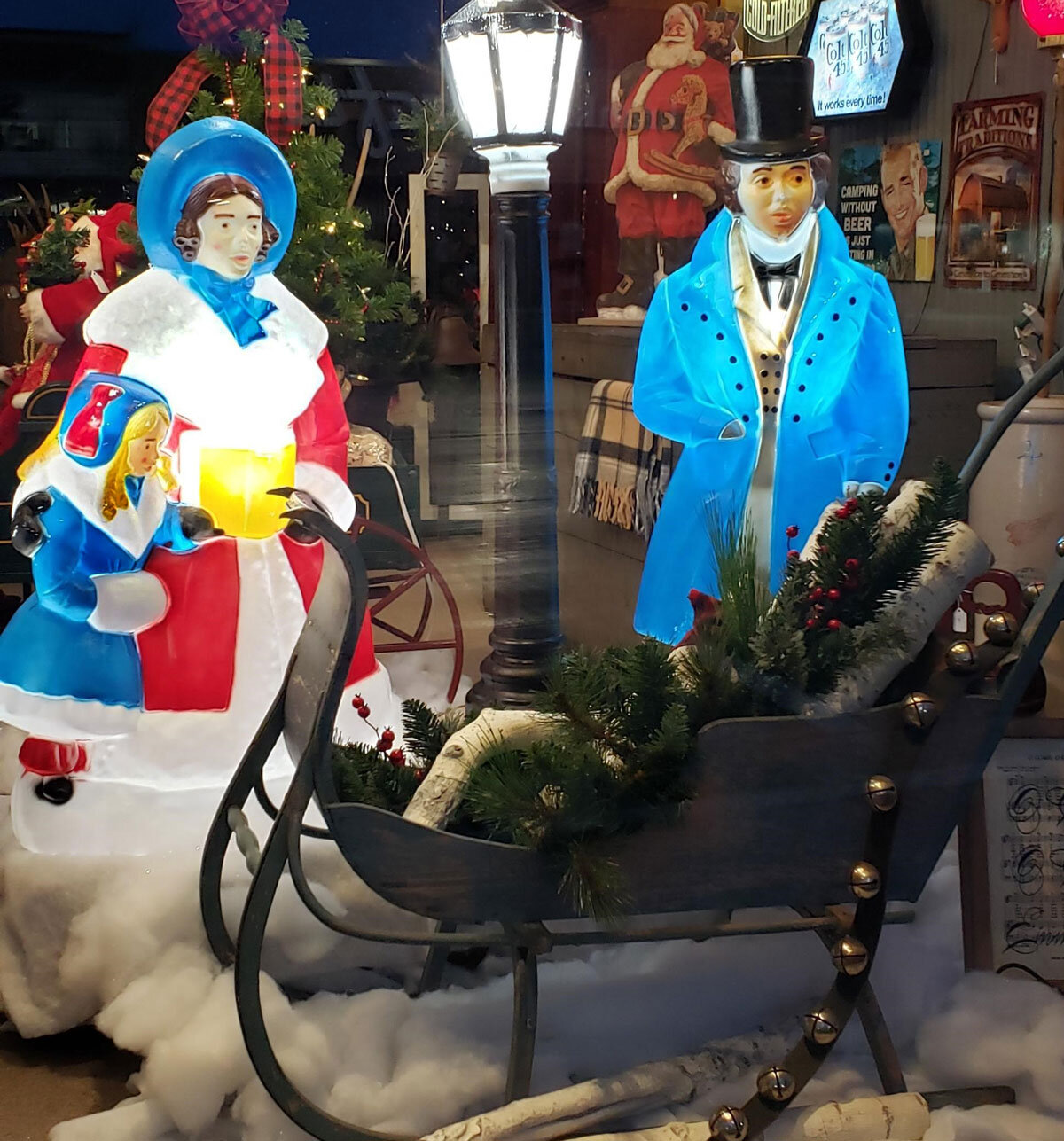 Past & Present Home Gallery Recreate Christmas Past with