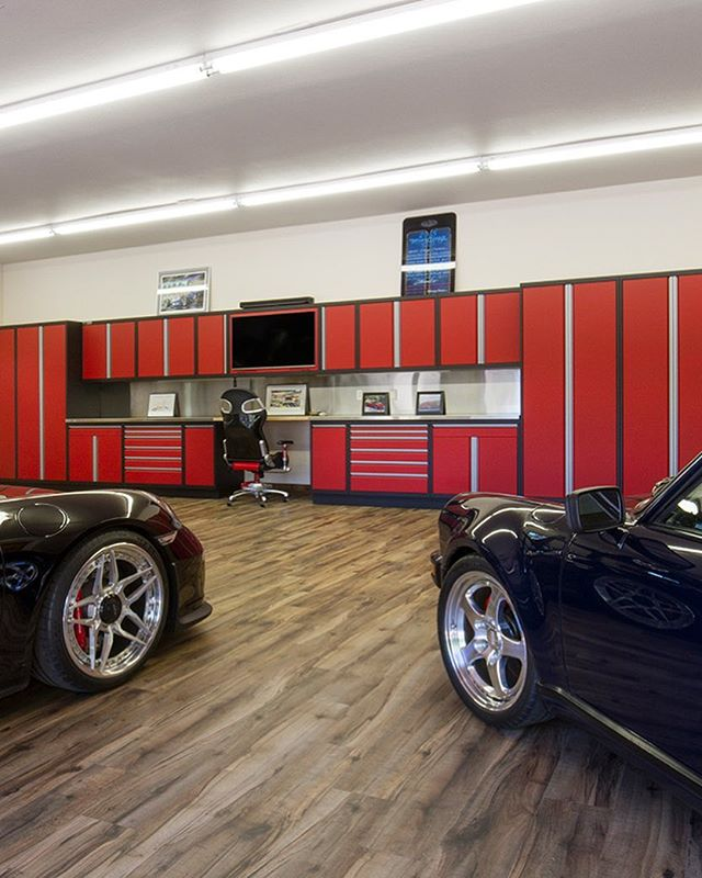 This install was in a beautiful location with plenty of horsepower and eye candy to compliment our custom metal cabinets. . . . . . . . #car #cars #garage #robbreport #garages #racecar #madeintheusa #houzz #porsche #porscheclub  #amazingcars247 #hgmotorsports #menwithautos #automotiveexperience #caranddrivermag #autocars1