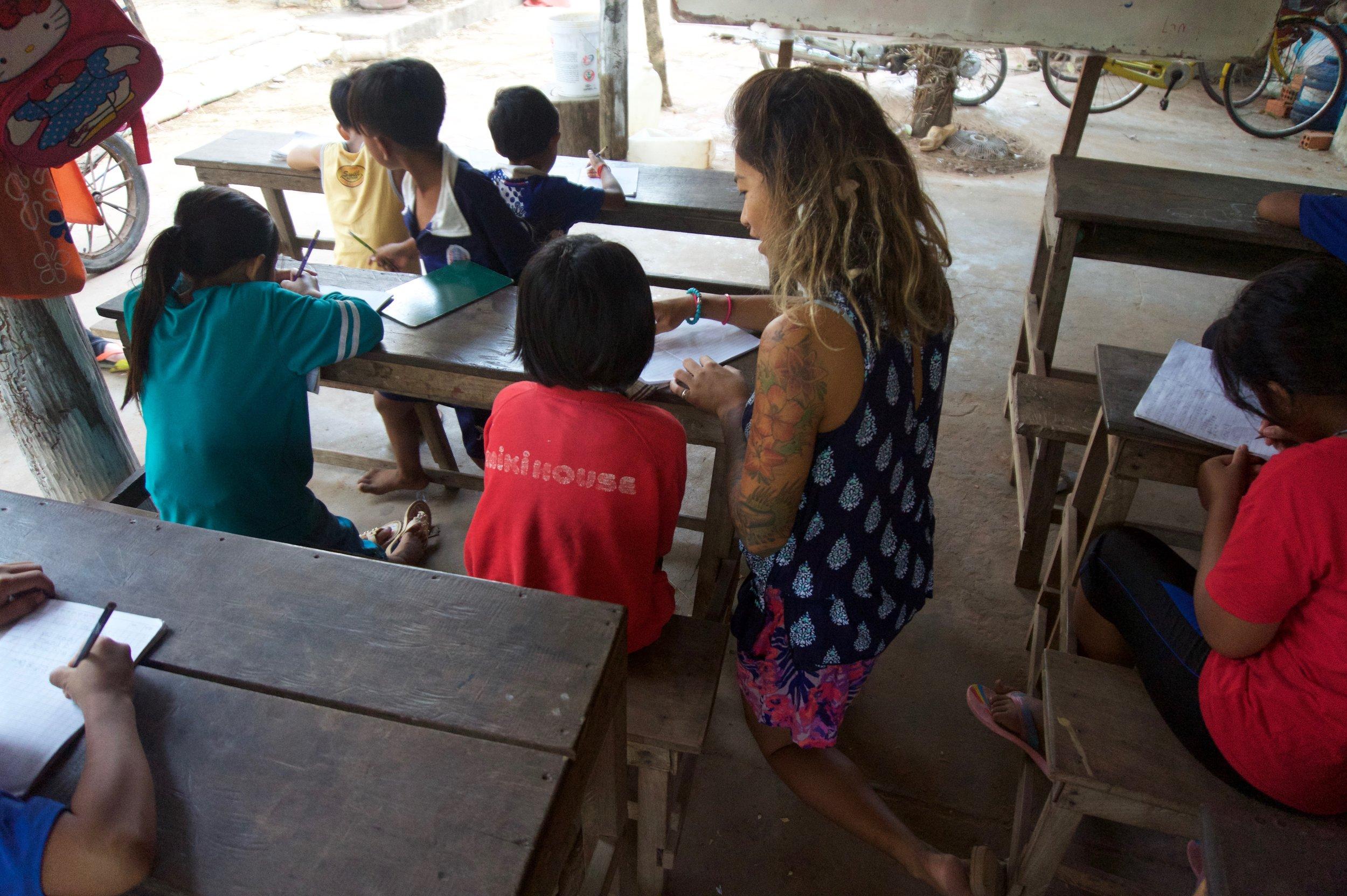 teaching kids english