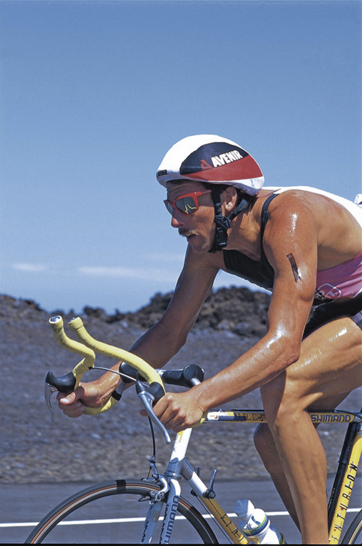 Dave Scott biking in the 1987 IRONMAN®  PHOTO: davescottinc.com
