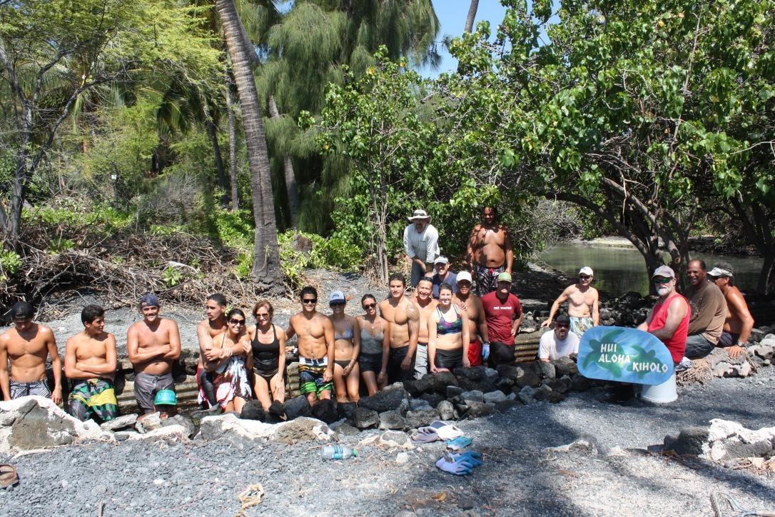 Volunteers repairing `Auwai PHOTO: Jennifer Mitchell