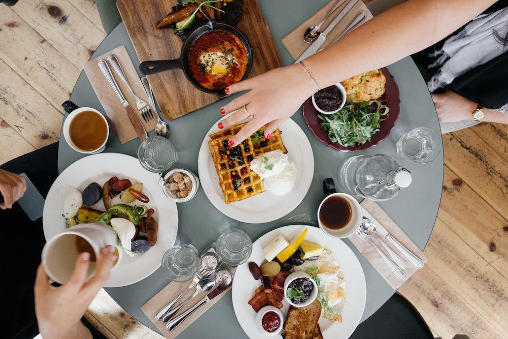 eating breakfast, restaurant, food