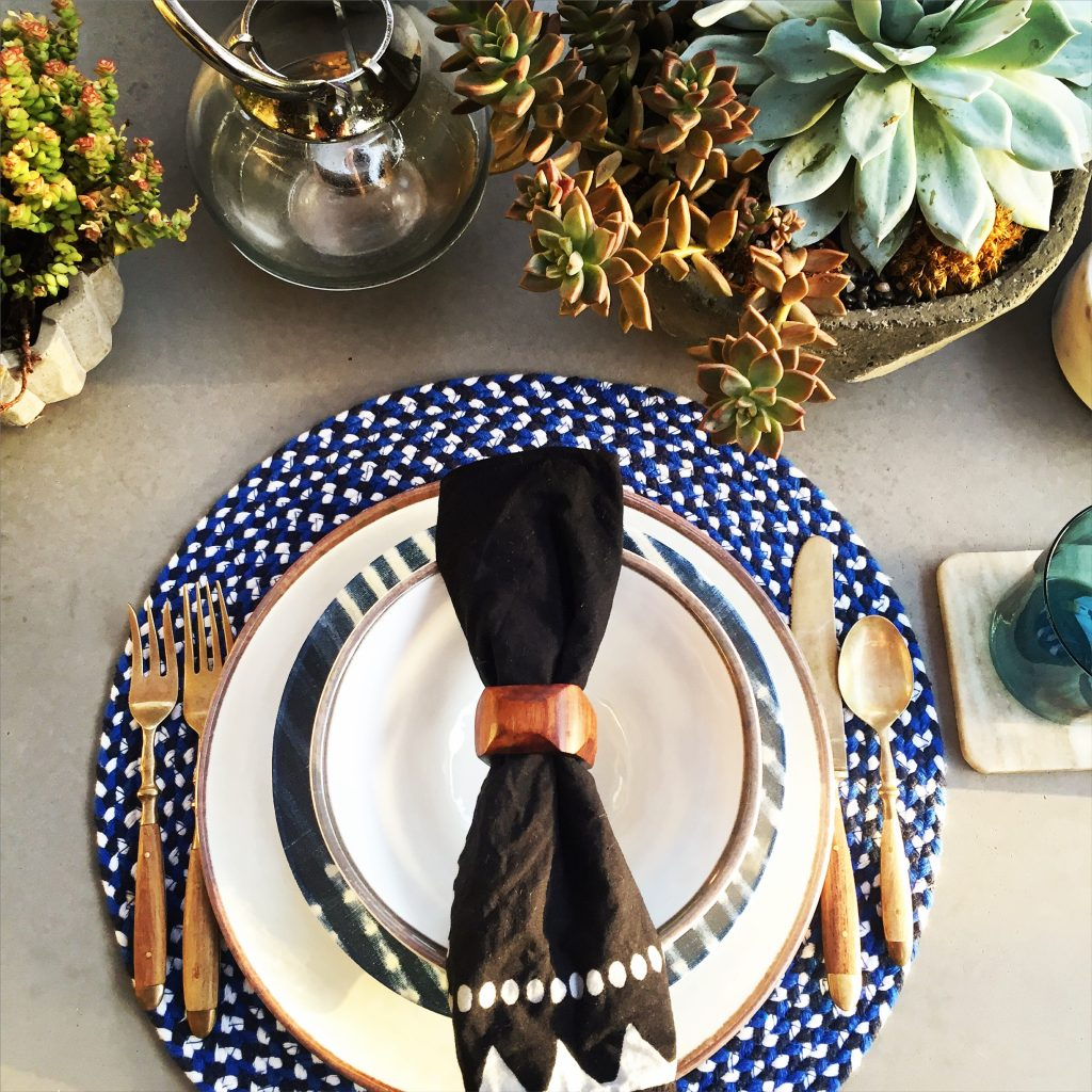 These great outdoor plastic plates are from  Potterybarn . Every summer they have great plastic plates perfect for outdoor use.