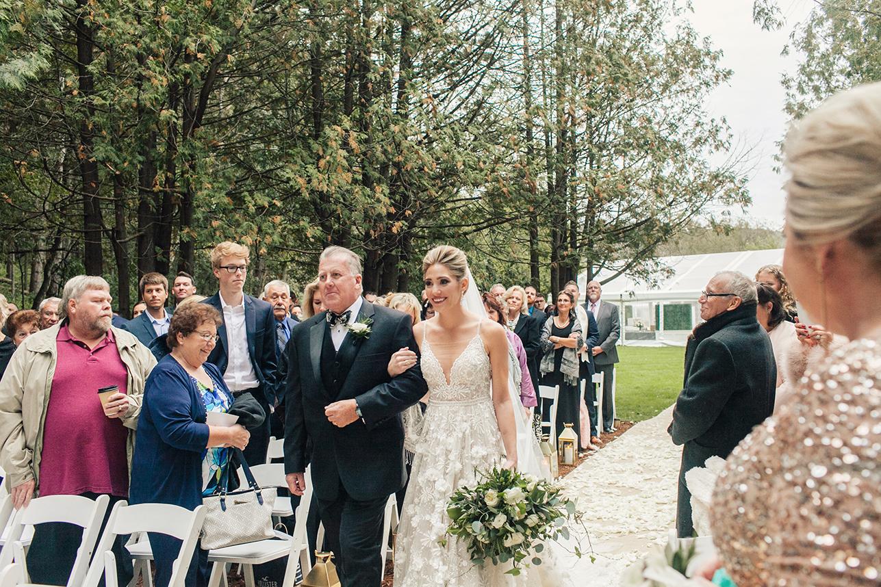 KatieStoopsPhotography-wisconsin wedding36.jpg
