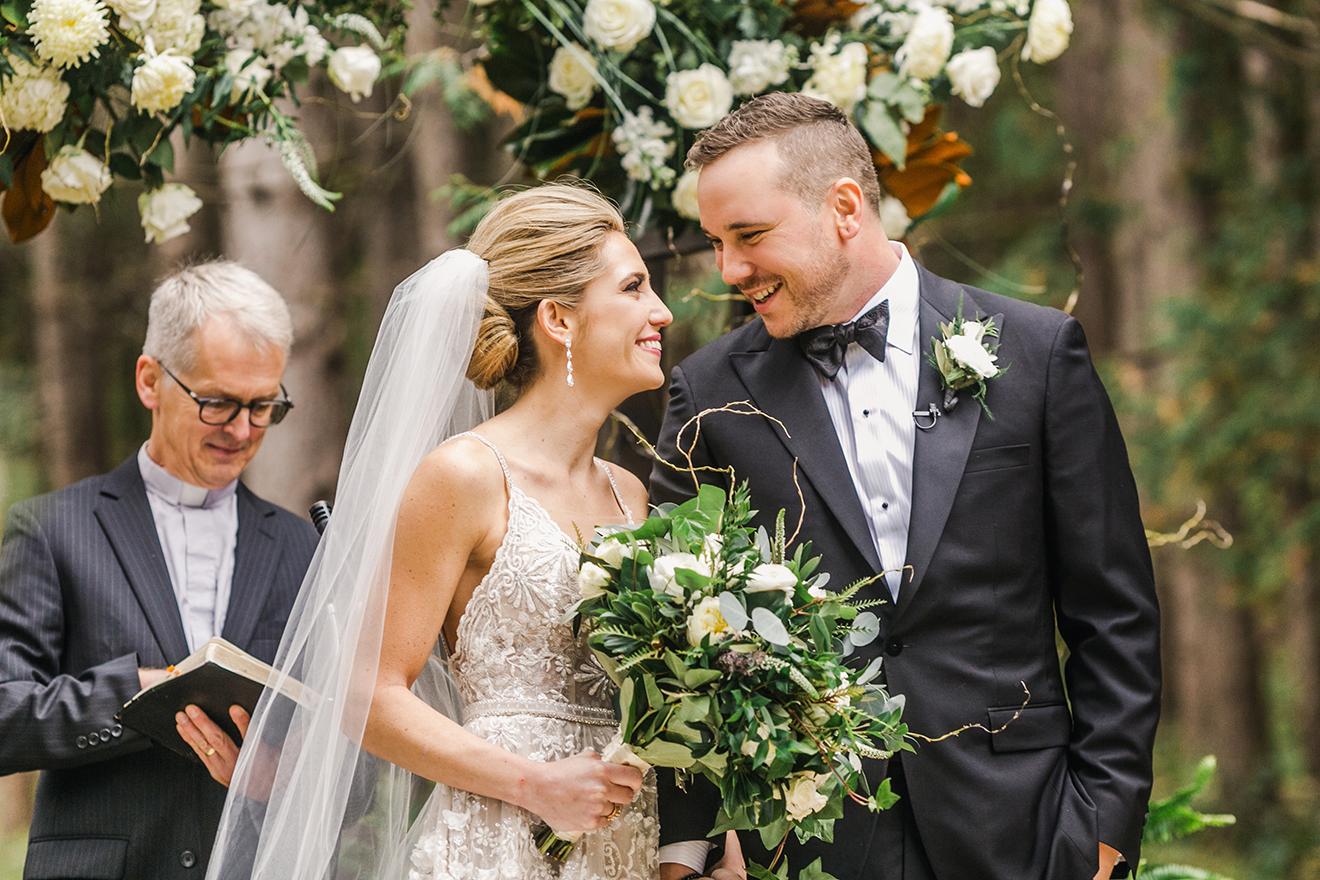 KatieStoopsPhotography-wisconsin wedding39.jpg
