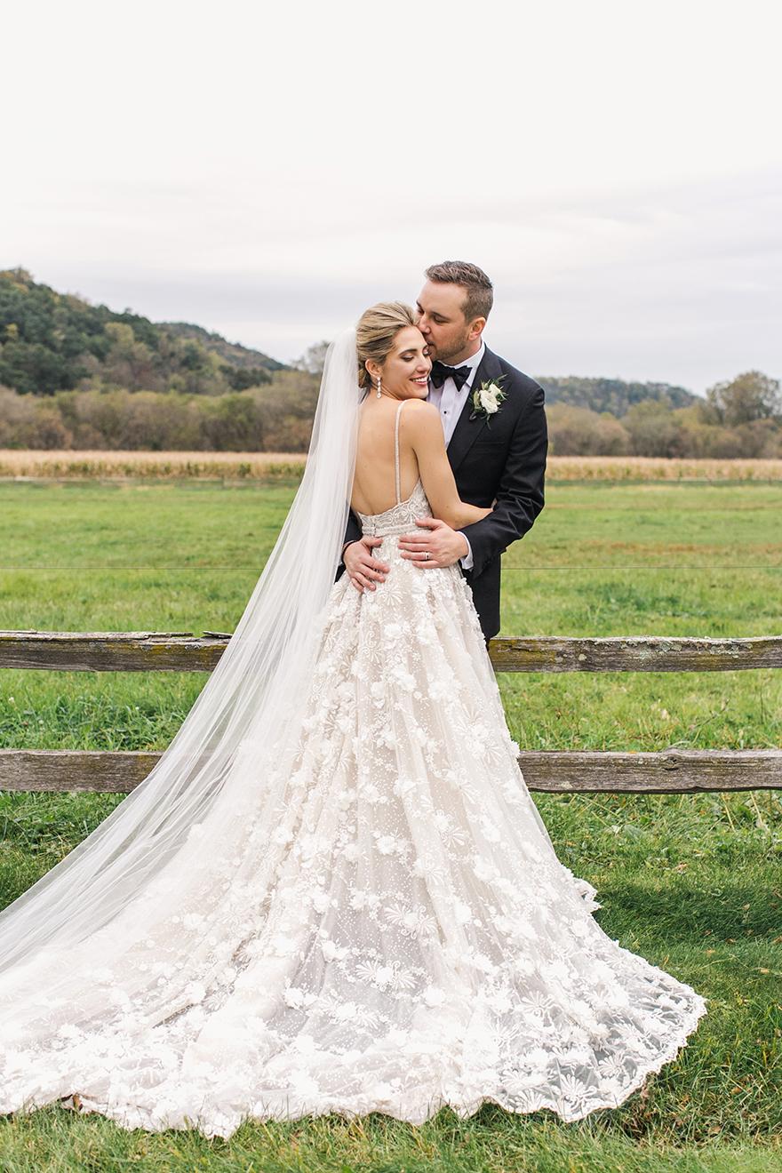 KatieStoopsPhotography-wisconsin wedding51.jpg