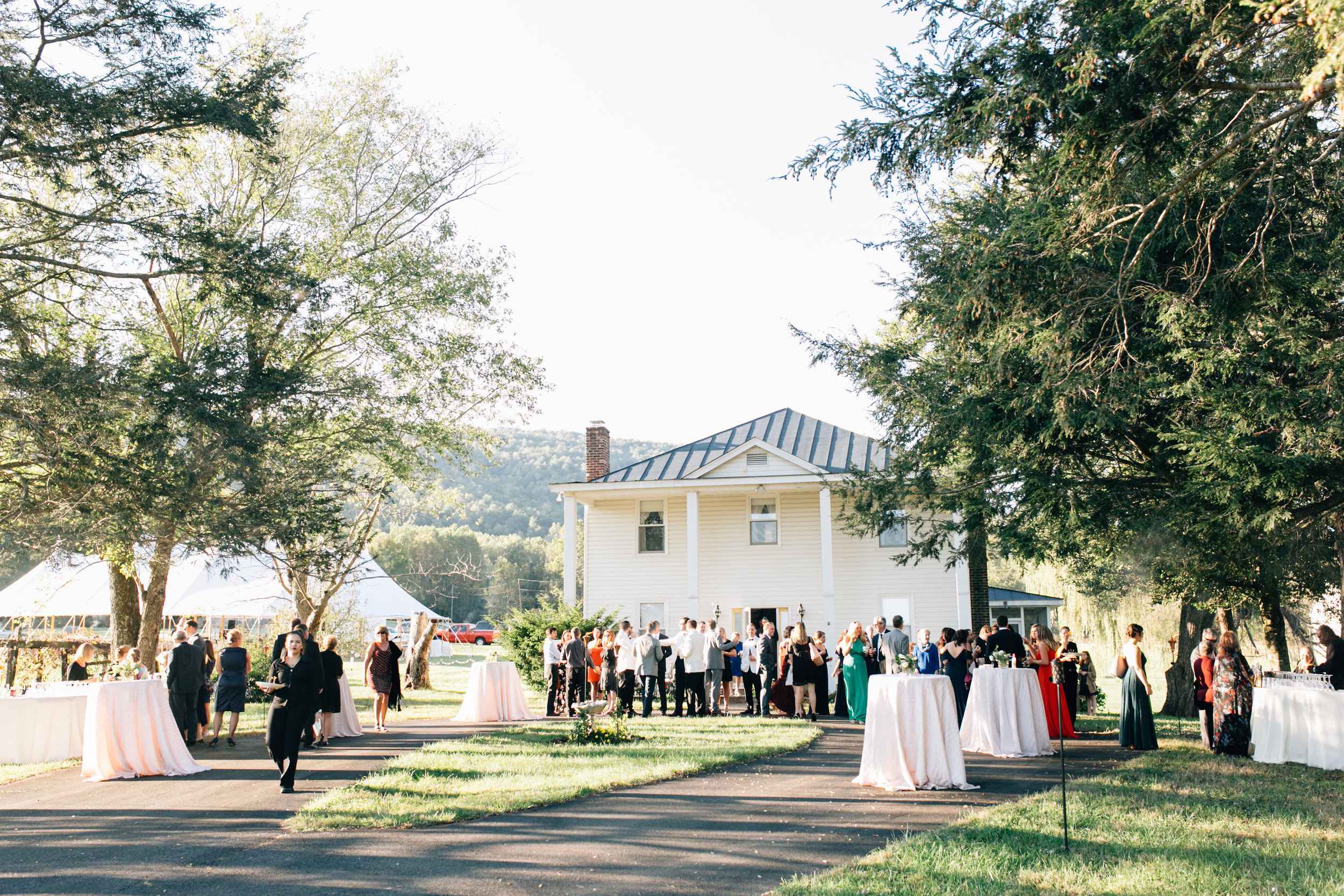 KatieStoopsPhotography-charlottesville wedding-farm wedding20.jpg