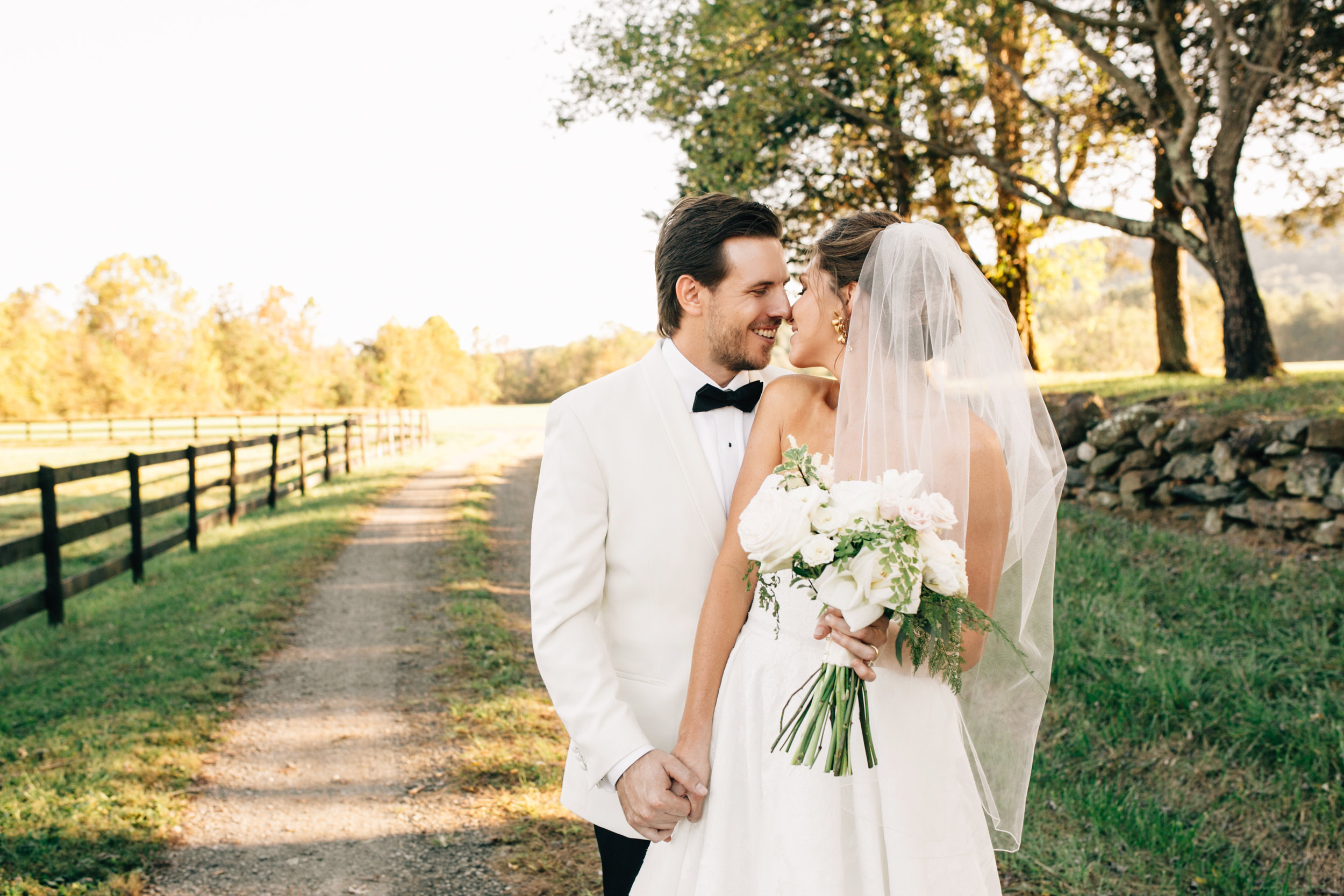 KatieStoopsPhotography-charlottesville wedding-farm wedding23.jpg