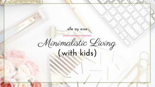 How do you live a minimalistic life while raising children? I have often wondered the same thing. Over and over, actually. I decided to give it another try and post about how I am making my minimalist life with kids work. Come on by and nab some of my ideas to include in your every day life now!