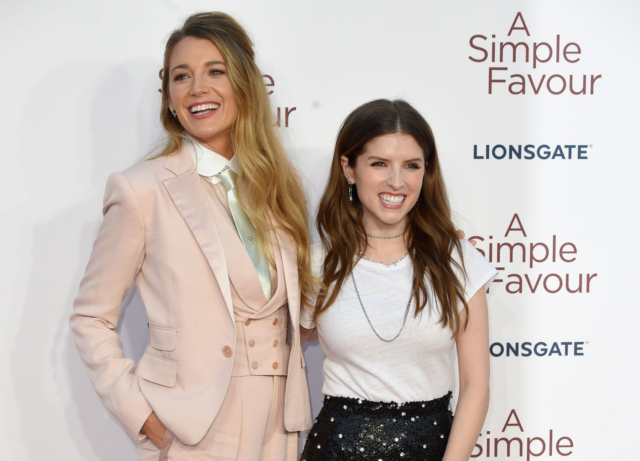 A Simple Favor - Anna Kendrick & Blake Lively as BFFs on Elle Ay Esse Best of 2018