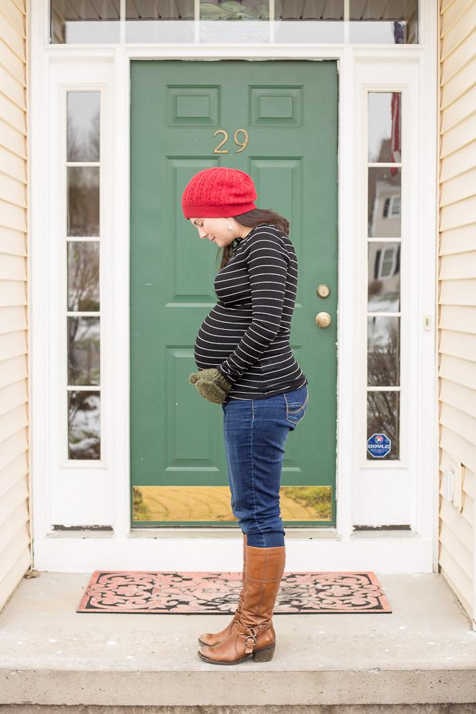 Winter maternity shoot in Fairport, NY