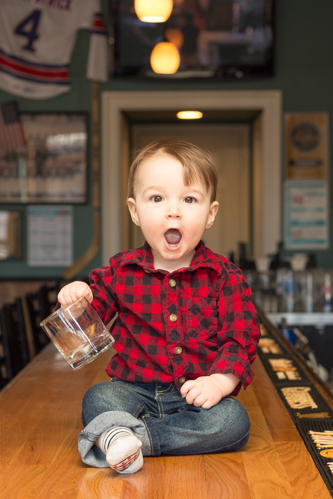 The cutest bartender at Titus Tavern| Rochester Photographer | Megan Rei Photography