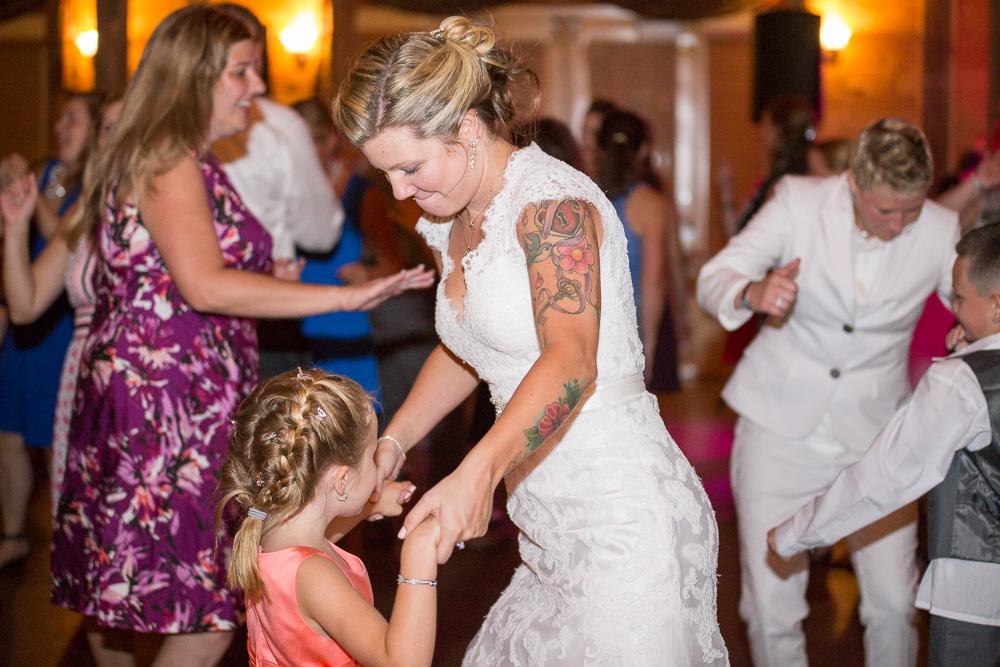 vFun wedding reception at Linganore Winecellars